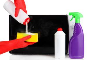 Mikrowelle richtig reinigen